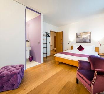 Zürich, Hotel NI-MO